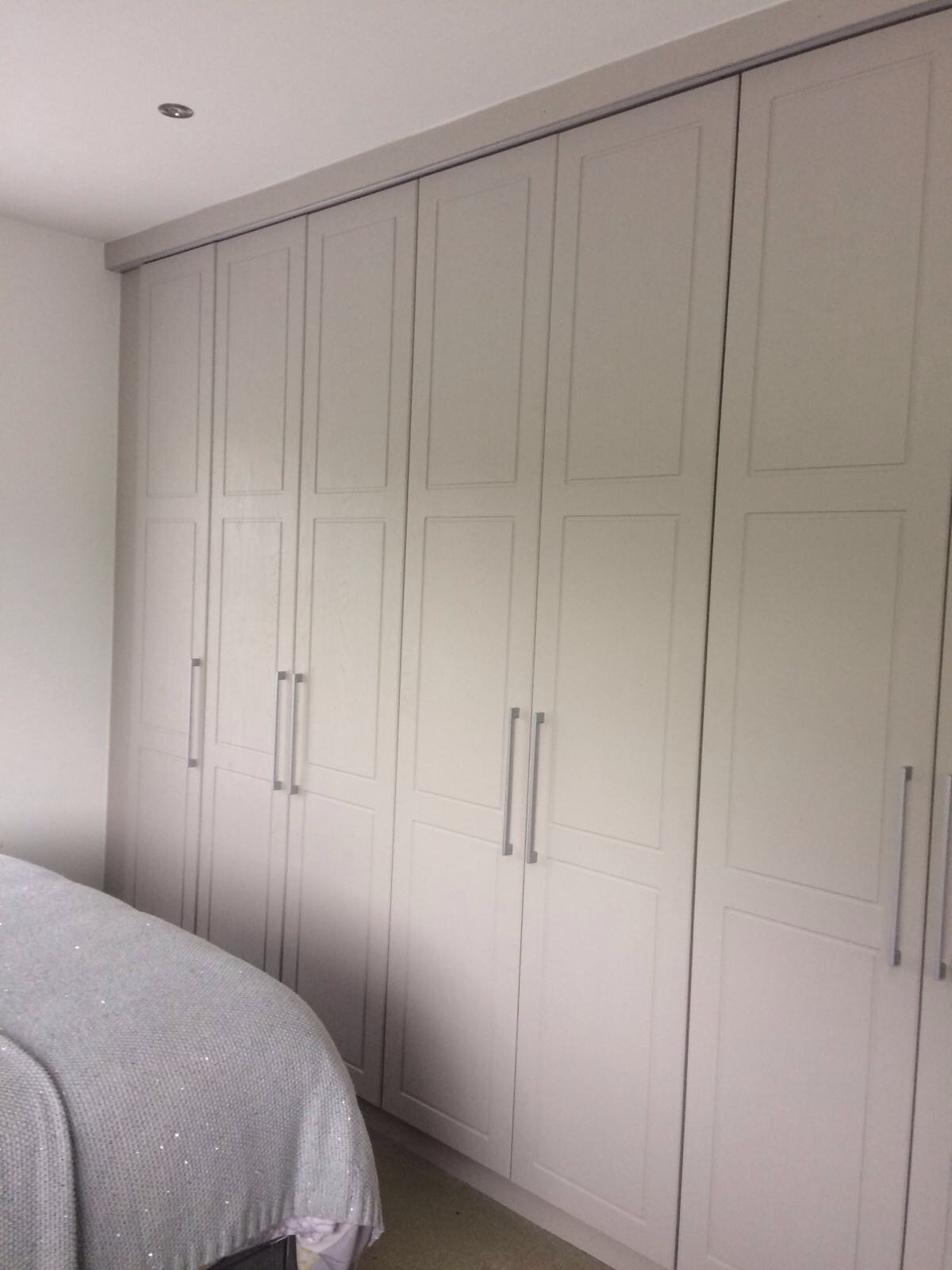 Cashmere Grey Fitted Wardrodes