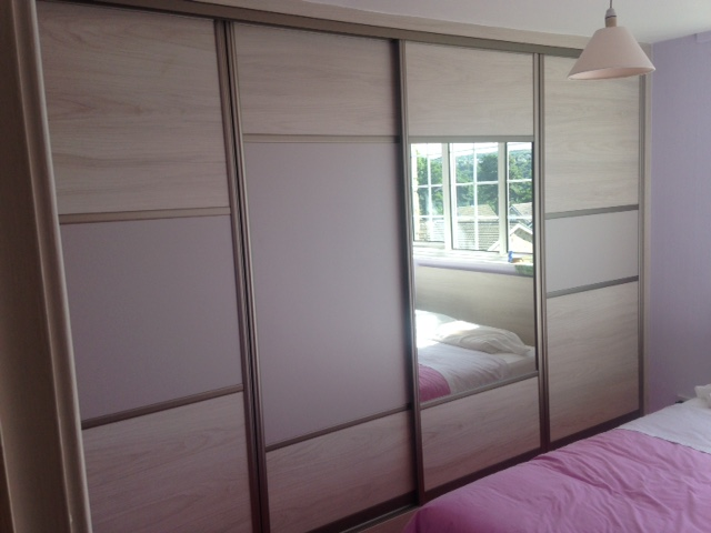 Sliding Wardrobe with Various Mixed Size Panels